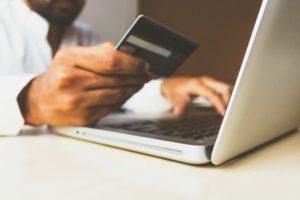 טיפים לקניות באינטרנט שיכולות לחסוך לך כסף