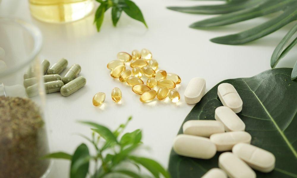 You are currently viewing 3 ויטמינים שעשויים לעזור לכם לשלוט בשלפוחית